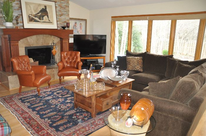 Fantastic transitional family room filled with higher quality items!!