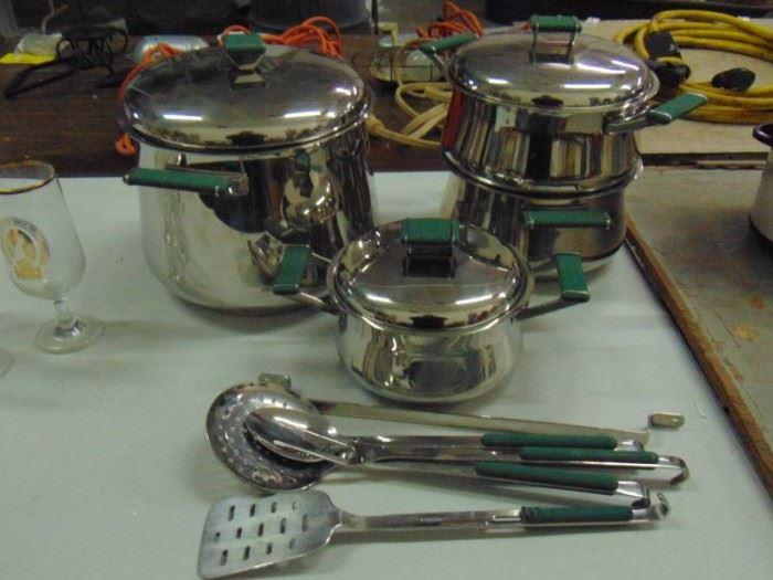 Meera Cookware set new