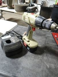 Craftsman 19.2 Volt die hard drill with battery ch ...