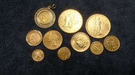 US Gold Type  Set Coin Collection: $20 St. Gaudens; $20 Liberty Double Eagle; $10 Liberty Eagle; $10 Indian; $5 Liberty; $5 Indian in bezel ; $5 Indian in fancy bezel;   $2.5 Liberty; $2.5 Indian; and 1/10 ounce eagle.