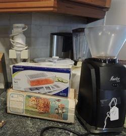 Maestro coffee grinder, blender, choppers and grinder