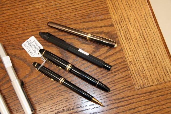 Monte Blanc  Pen Set & Others