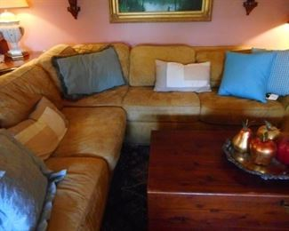 Sectional Sofa Damaged..great for a basement, 1st apartment..LOW PRICED