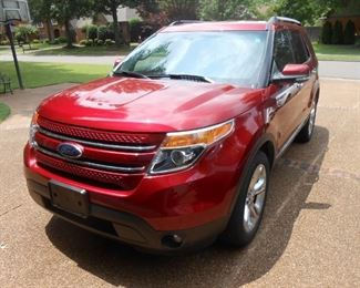 2014 Ford Explorer; Mileage 69,323; Best Offer Over $17,500