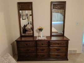 $90    Dresser with two mirros