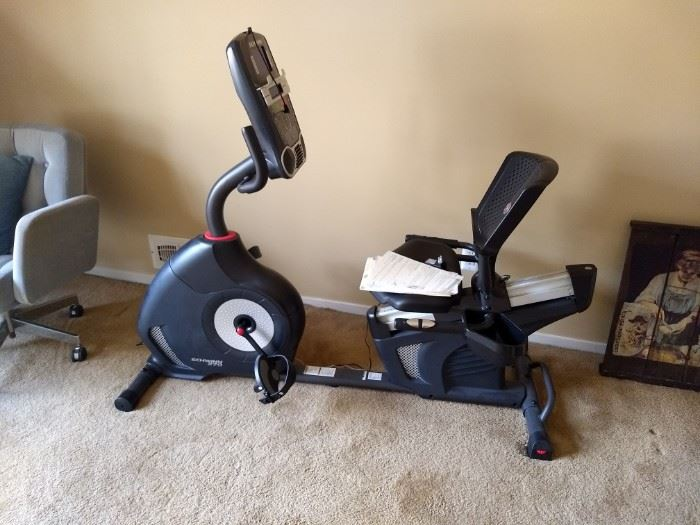 Schwinn 270 Bluetooth USB Recumbent Stationary Bike
