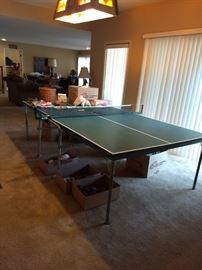 Ping Pong Table Tennis Table $50