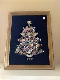 Xmas Tree made with costume jewelry Lights UP!