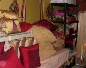 Decorative pillows, sconces, bedding