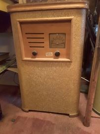 Vintage Coinotel Radio
