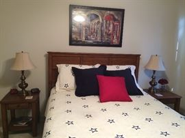 Queen size bed , linens & bed covers available.