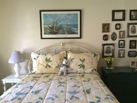 Queen size metal bed w/ slightly used mattress(used 2x).