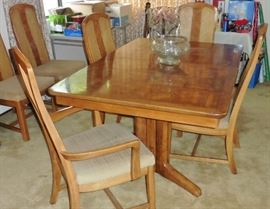 Oak and mixed wood double pedestal dining table, 6 chairs, 2 leaves