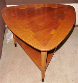 "Lane ""Acclaim"" triangle end table"
