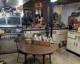 Vintage kitchen all for sale .  There are matching cabinets that are not pictured here