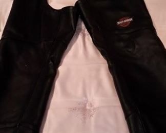 Ladie's Harley Davidson leather chaps, new.