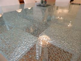 Really nice dining room table with a crackle glass design. Glass is extra thick and in excellent condition.