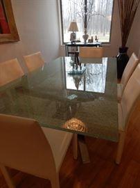 Lovely dining room!