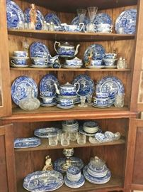 Italian Copeland Spode Blue and White dinner set