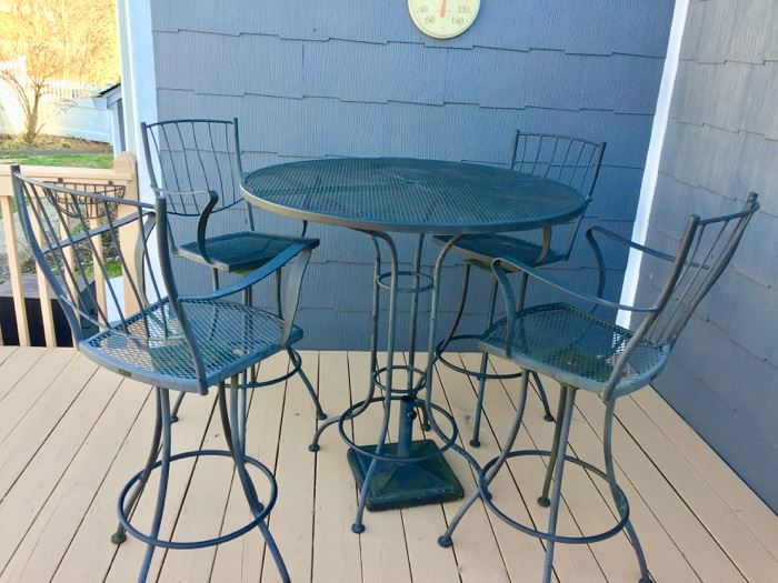Out door high table and chairs