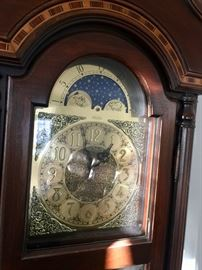 Pearl grandfather clock inlaid case