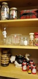 Interesting kitchen wares including Aunt Jemima vintage shakers.