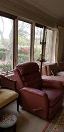 Clean recliner