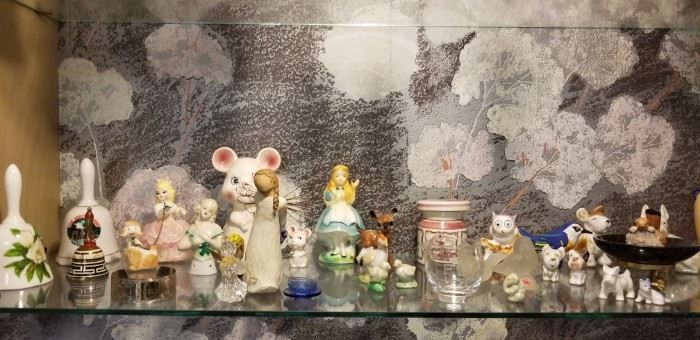 Miniatures and collectibles