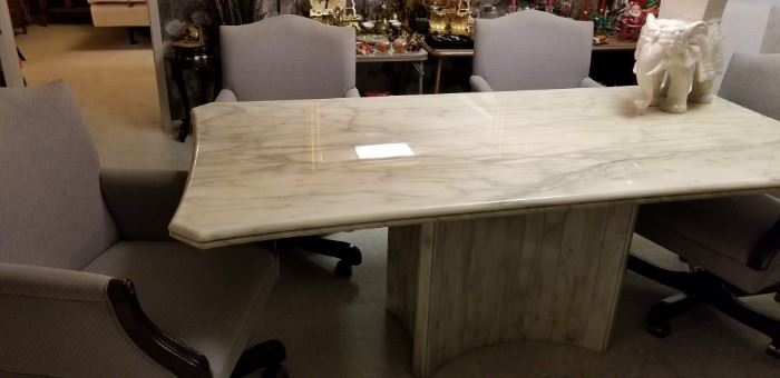 White Marble-look dining table with chairs