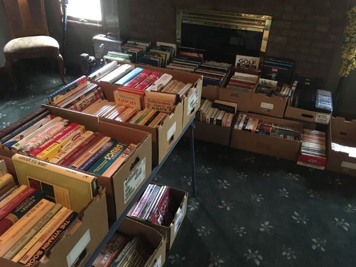 A few hundred of books and magazines. Golf, garden, cook, and health; with a variety of other interesting subjects of matter.