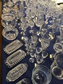"""The crystal just """"sparkles"""" and shows that extra fancy look to any deco in a home."""
