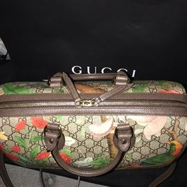 BRAND NEW GUCCI SUPREME LIMITED EDITION TIAN HANDBAG AND WALLET /  SOLD OUT IN STORES