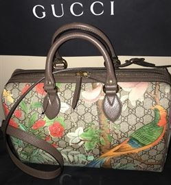 BRAND NEW GUCCI SUPREME LIMITED EDITION TIAN / BIRDS, FLOWERS, BUTTERFLIES/ SOLD OUT IN STORES
