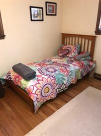 WOODEN TWIN SIZE BED
