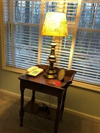 Cute table and nice lamp