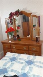 Gorgeous dresser with mirrors