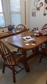 Eat in kitchen size table with 4 chairs