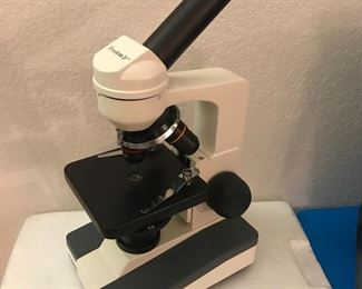 Freedom Jr. Microscope