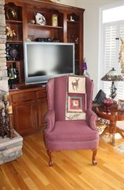 chair tv decorations
