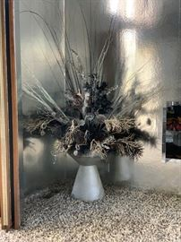 Corner planter - decorative