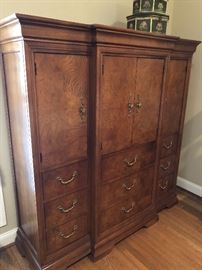 Thomasville gentleman's dresser immaculate condition $900