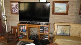 Nice great working large flat screen , vcr , stand.