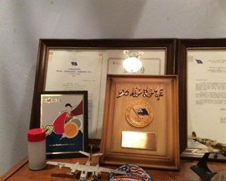 Aviation plaques