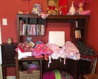 Children's Items,Winnie the Pooh,etc...