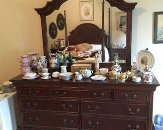 Dresser with Mirror, Porcelain items