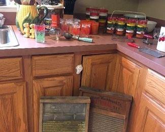 Antique & Vintage Kitchen Items. Washboards.