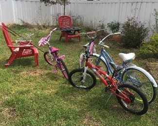 Red Chairs, Bikes