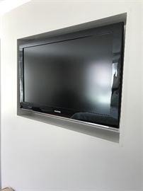 Flat screen TV (Samsung)
