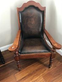 Very nice sitting chair