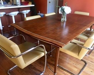 Century Verneuil table & 6 Mitchell Gold chairs